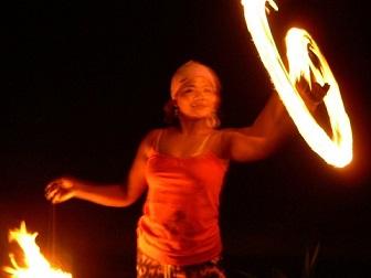fire-dancing-3-1182579